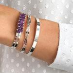 Opter pour les bijoux personnalisés pour avoir un look branché