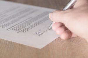 Contrat en cours de signature