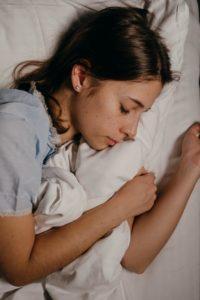 fille endormie